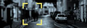 Imagen de una calle con coche